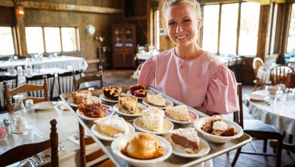 Amish Acres Baking
