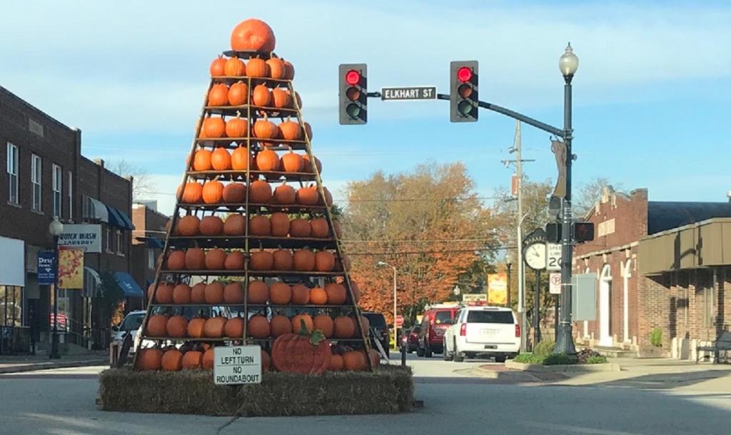 Wakarusa Pumpkin Tree