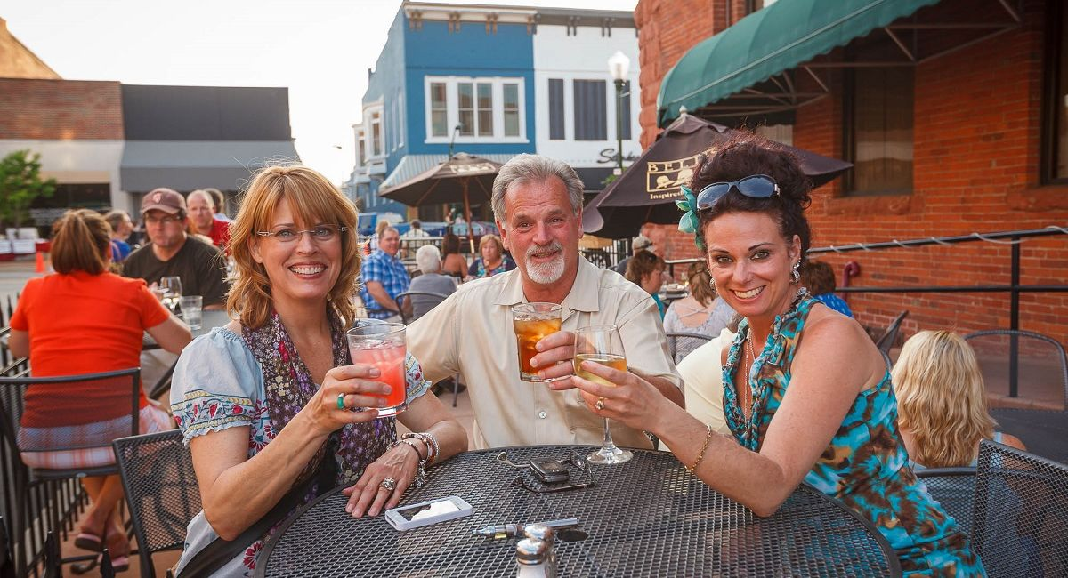 Outdoor dining in Indiana's Cool North